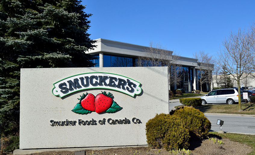 J.M. Smucker to buy Ainsworth Pet Nutrition for $1.7 billion